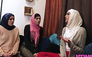 Muslim teen bride and BFFs fuck a BBC at bachelor party