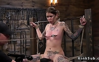 Alt slave in ropes pussy fucked
