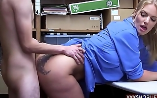Shoplifter guy gets fucked by a sexy officer