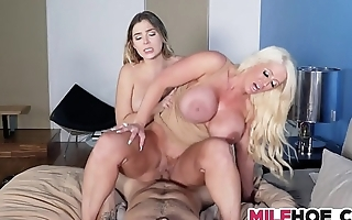 Foxy Stepmoms Little Nubile Helper