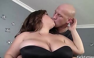 Bbw brunette babe with juicy fat pussy oiled up and fucked